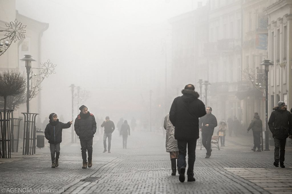 Smog w Polsce. Stan powietrza w naszym kraju jest dziś najgorszy na tle Europy
