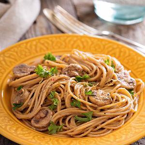 Spaghetti z pieczarkami i porem
