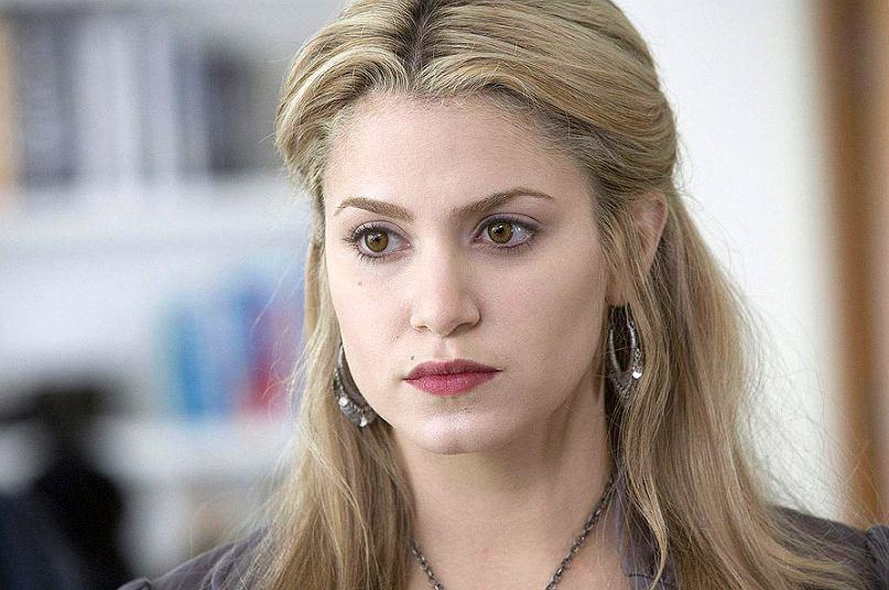 Aktorka 'Zmierzchu' bardzo schudła dzięki jodze. Jej Instagram was zainspiruje