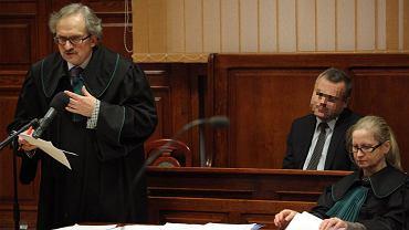 Dr Mirosław G. i jego obrońcy na sali rozpraw