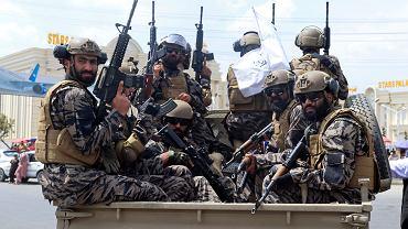 Talibscy wojownicy na ulicach Kabulu. Afganistan, 31 sierpnia 2021