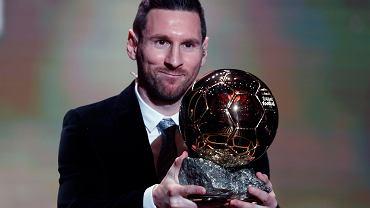 Leo Messi najlepszym piłkarzem świata w prestiżowym plebiscycie magazynu 'France Football'. Argentyńczyk Złotą Piłkę odebrał po raz szósty.