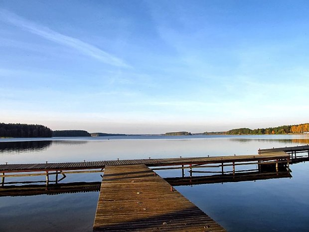 Jezioro Wdzydze/ Fot. CC BY-SA 3.0/ ryszardwojdowski/ Wikimedia Commons