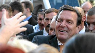 Panika na urodzinach Gerharda Schroedera. Groźba zamachu bombowego
