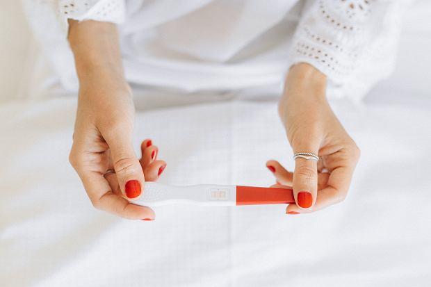 Beta HCG - badanie, dzięki któremu dowiesz się czy jesteś w ciąży. Na czym polega i jakie są normy?