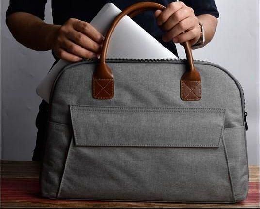 Modne i solidne torby na laptopy. Modele eleganckie i sportowe w super cenach!