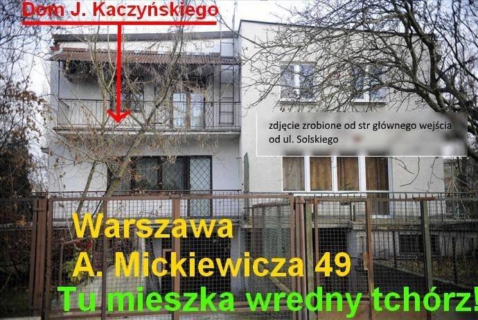 Zdjęcie z wydarzenia 'Trzynastego grudnia przed domem Jarosława'.