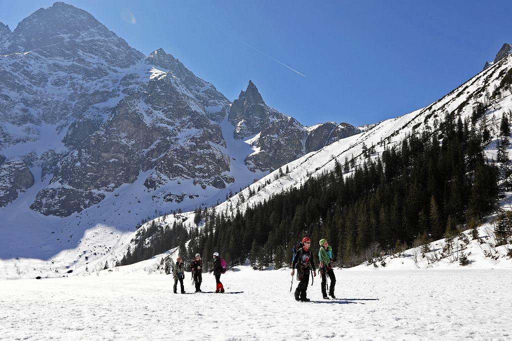 TOPR ostrzega przed załamaniem pogody w Tatrach (zdjęcie ilustracyjne)