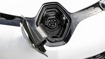 Ratusz w Lublinie otrzymał elektryczne auto marki Renault