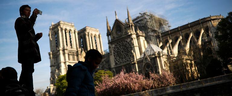 Biskup Chauvet: Katedra Notre Dame będzie zamknięta przez pięć, sześć lat
