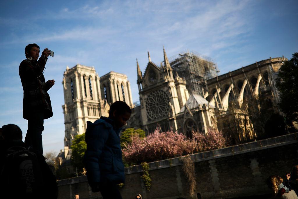 Katedra Notre Dame będzie zamknięta przez kolejne pięć do sześciu lat
