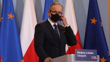 \Konferencja prasowa premiera i mninistra zdrowia w Warszawie w sprawie epidemii koronawirusa