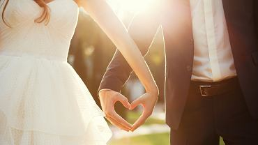 Garnitur na wesele - jaki wybrać? Zdjęcie ilustracyjne
