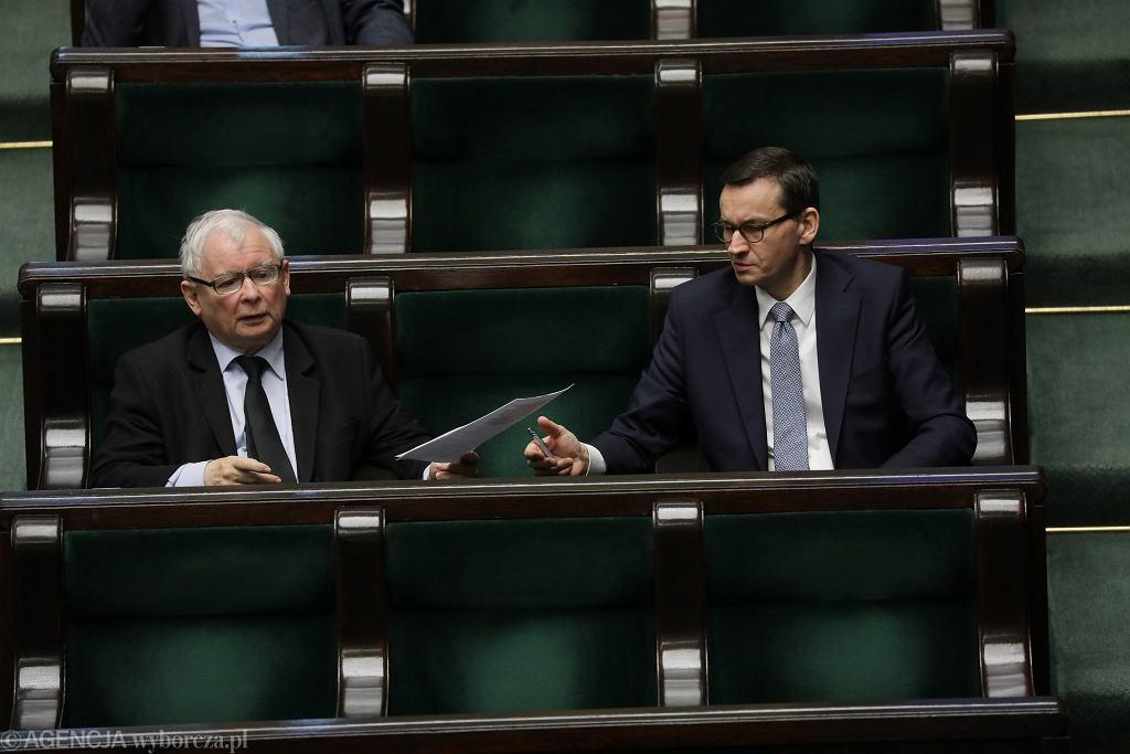 Jarosław Kaczyński (prezes PiS) i premier Mateuesz Morawiecki. Piąty dzień 9. posiedzenia Sejmu IX kadencji