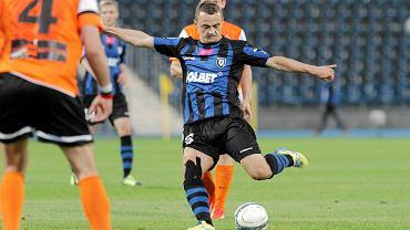 Zawisza pokonał 2:0 Zagłębie Lubin, w akcji Michał Masłowski
