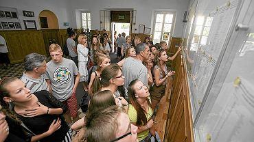 Problem z rekrutacją do szkół średnich. Tysiące uczniów zostało na lodzie