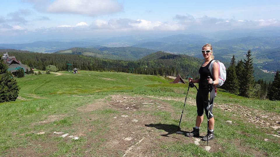 Anna Paździorek na górskim szlaku