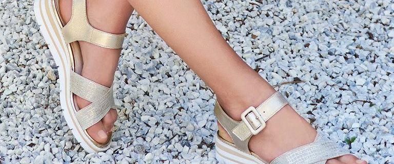Letnie buty Caprice z wyprzedaży: sandały, klapki i inne modele w niższych cenach!