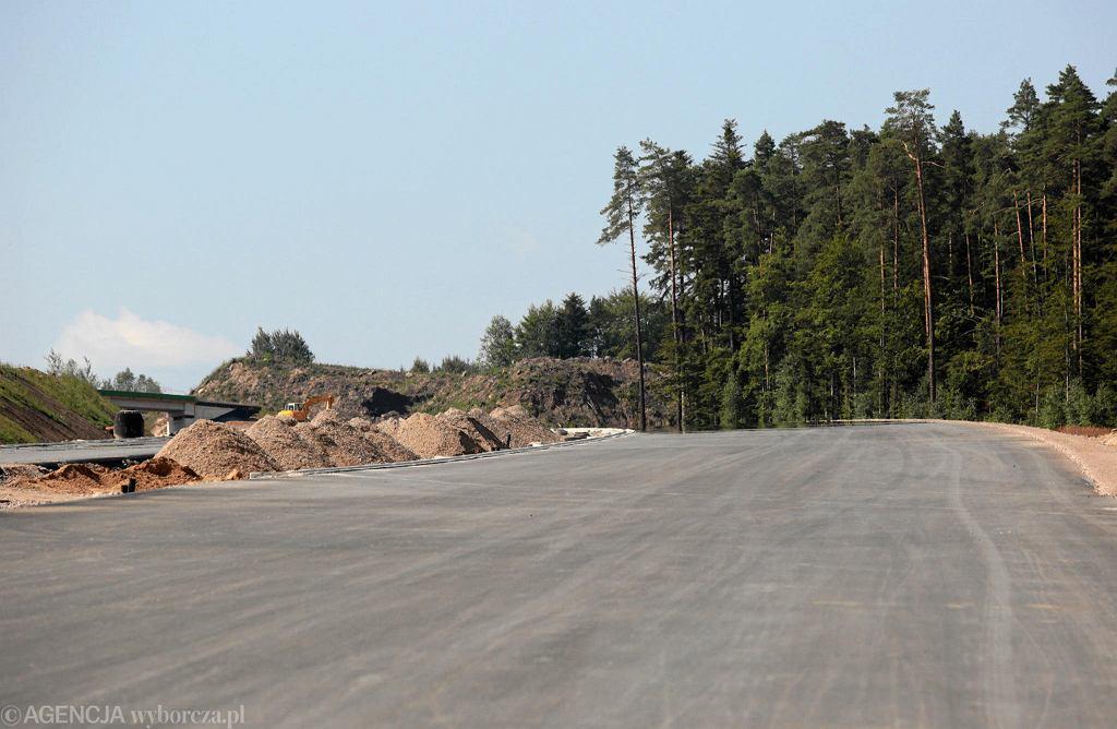 Budowa odcinka drogi S7 koło Skarżyska-Kamiennej jest już zrealizowana niemal w 70 proc.