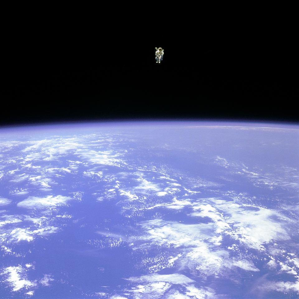 z27159881V,12-02-1984-r--Astronauta-Bruc