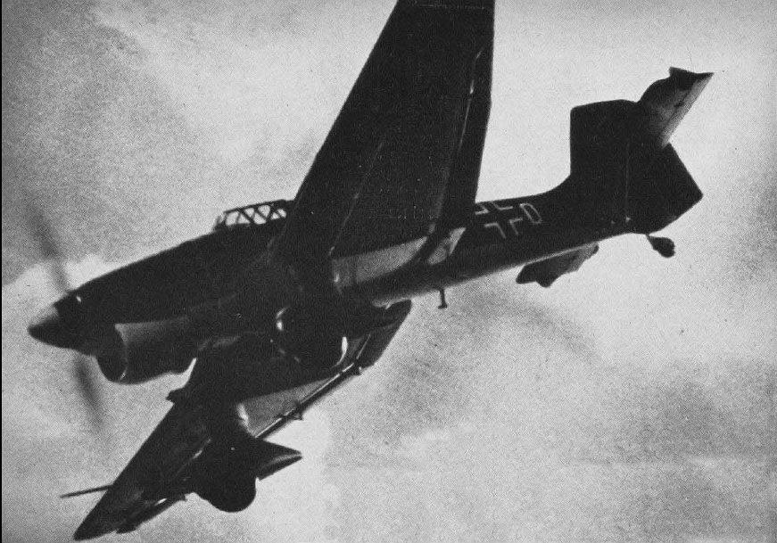 Bombowiec nurkujący Ju-87 Stuka