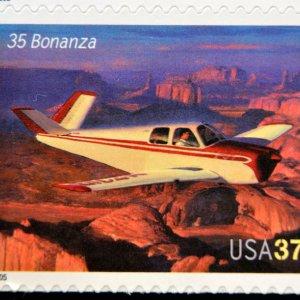 znaczek pocztowy samolot