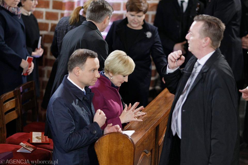 Prezydent Andrzej Duda podczas mszy z okazji 1050 - tej rocznicy Chrztu Polski