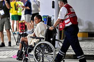 Nieludzkie warunki podczas maratonu na MŚ w Dausze. Zawodniczki w karetkach i na wózkach. O krok od tragedii