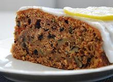 Ciasto z cukinią i orzechami włoskimi - ugotuj