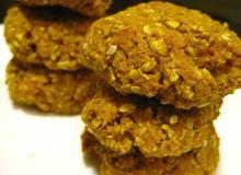 Zdrowe ciasteczka marchwiowo-owsiane z resztek z sokowirówki - ugotuj
