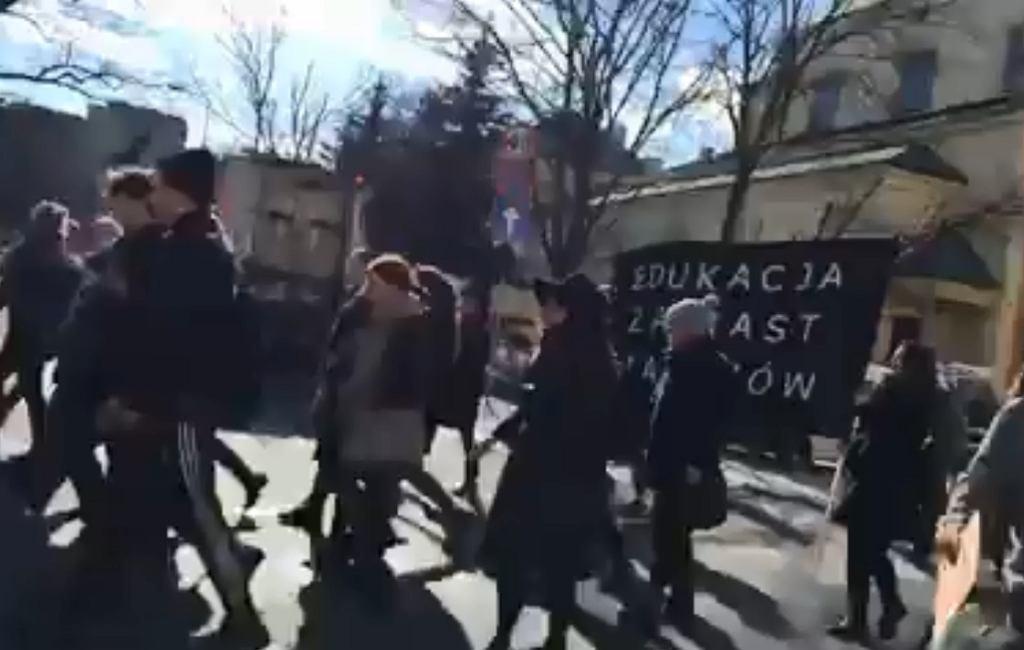 Strajk studentów przeciwko ustawie aborcyjnej
