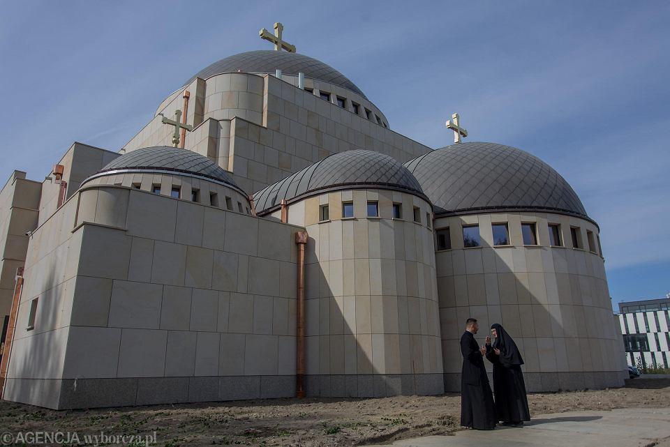 Zdjęcie numer 1 w galerii - Hagia Sophia w Warszawie niczym w Stambule. Pierwsza od zaborów nowa cerkiew w stolicy przyjęła wiernych