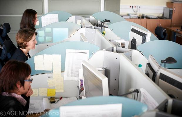 Polacy spędzają w pracy bardzo dużo czasu, ale ich wydajność jest niska