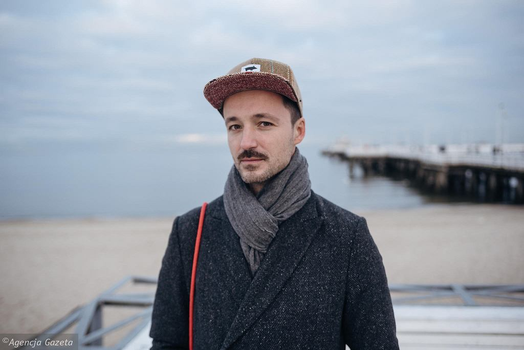 Rafał Milach, fotograf, współzałożyciel kolektywu fotograficznego Sputnik Photos, laureat World Press Photo i pierwszy polski fotograf nominowany do członkostwa w agencji Magnum