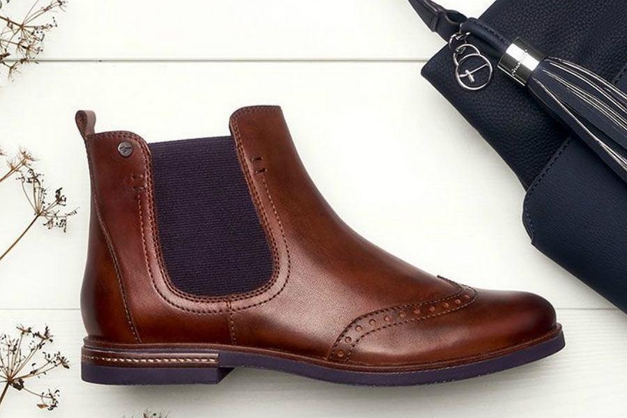 sandały dla starszych kobiet