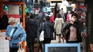 Zakupy w czasie koronawirusa. Zdjęcie ilustracyjne