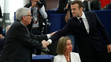Prezydent Francji Emmanuel Macron i przewodniczący Komisji Europejskiej Jean-Claude Juncker w Strasburgu, 17 kwietnia 2018 r.