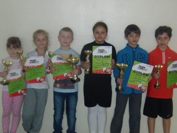 Cztery medale adeptów tenisa w Mastersie - Legia Tennis Cup