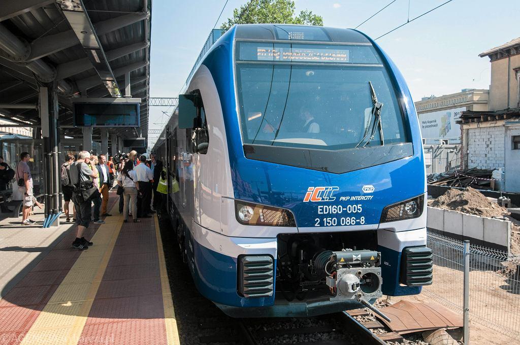 Pociag PKP Intercity - w Bydgoszczy - zdjęcie ilustracyjne