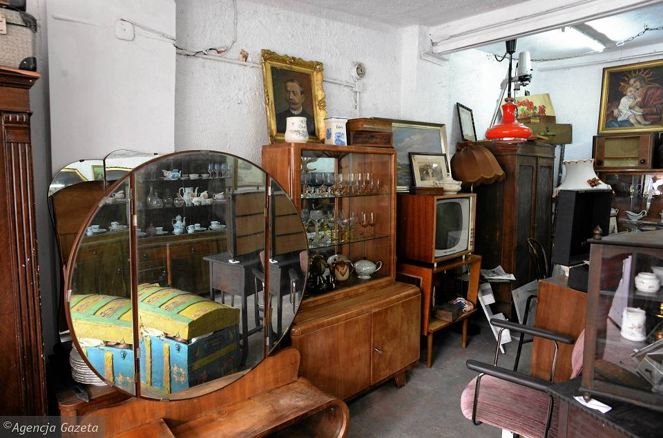 Zdjęcie numer 11 w galerii - Przedmioty z minionej epoki. Retro Garaż jest pełen tajemnic