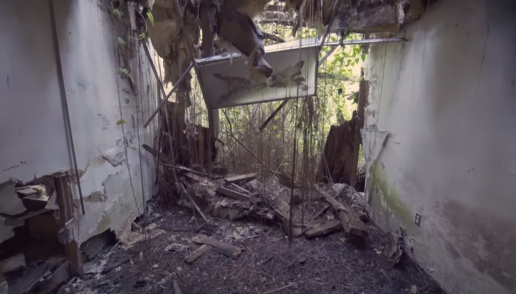 Discovery Park został zamknięty w niewyjaśnionych okolicznościach.