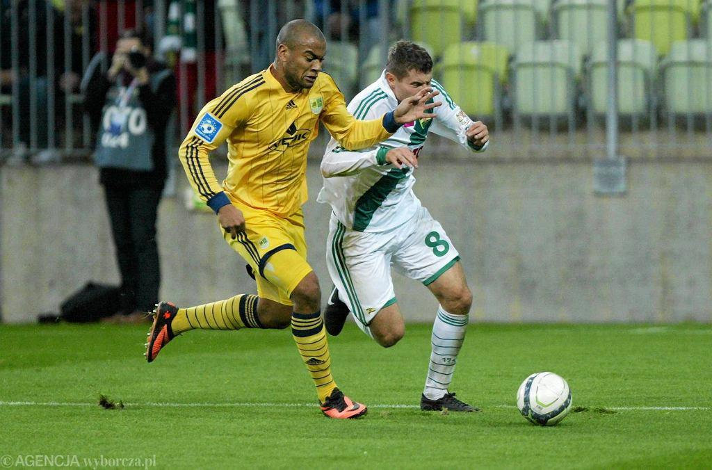 Lechia - Metalist 0:3. Z prawej Patryk Tuszyński