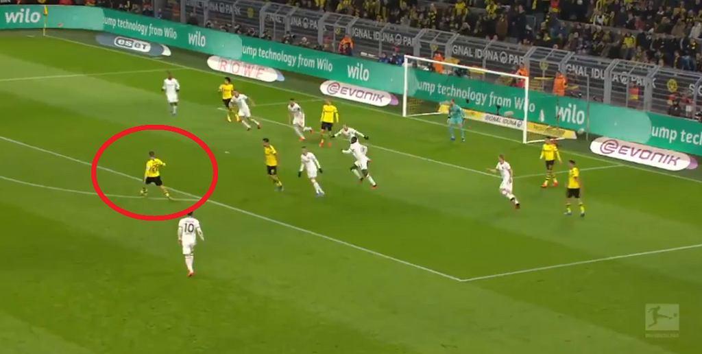 Gol Łukasza Piszczka w meczu Borussii Dortmund