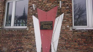 Tablica upamiętniająca żołnierzy z Zagłębiowskiej Brygady GL - PPS