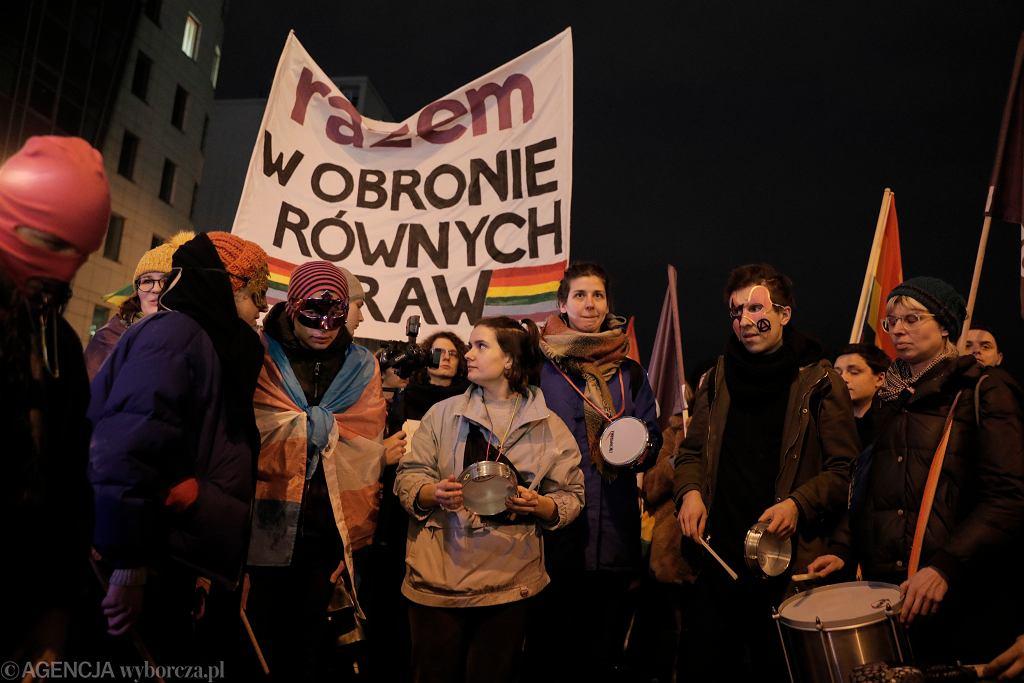 Manifestacja przeciwko ustawom anty-LGBT w Warszawie