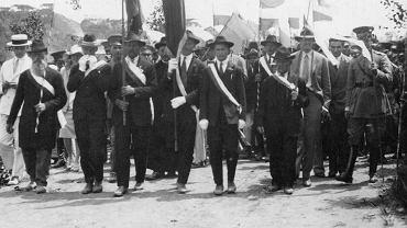 Parada Związku Polskiego w niezidentyfikowanej miejscowości w Paranie