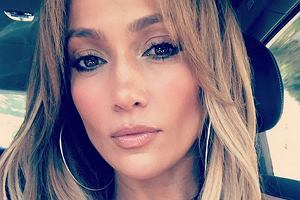 Jennifer Lopez kończy 49 lat