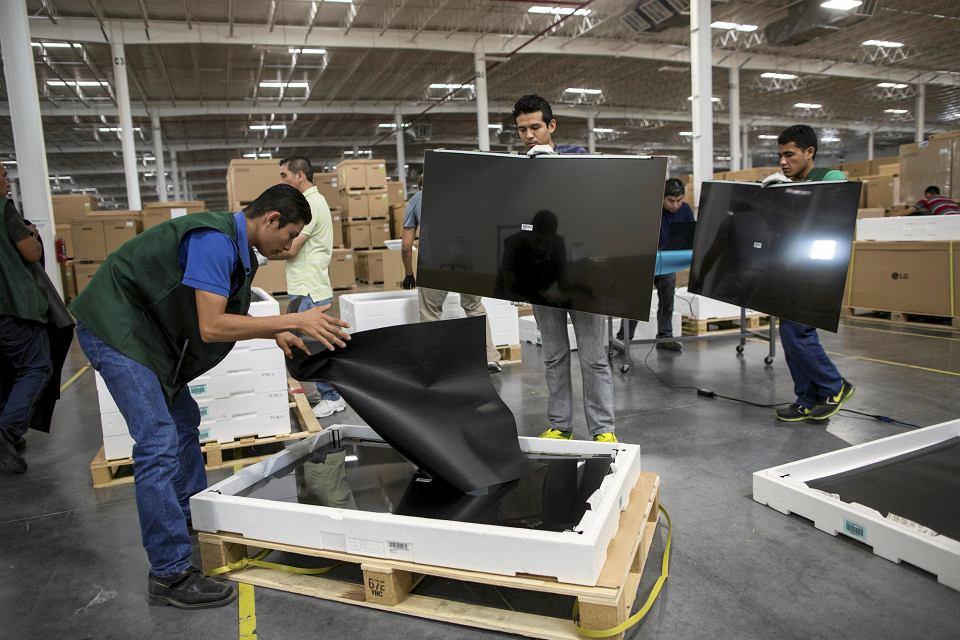Montownia telewizorów LG w Reynosa w Meksyku. Robotnicy zarabiają tam do 60 dol. tygodniowo