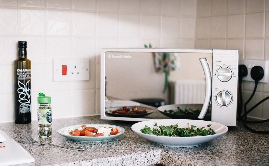 Kuchenki mikrofalowe - do domu lub biura