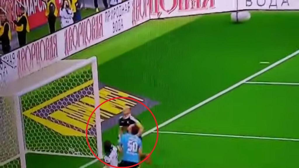 Gol Grzegorza Krychowiaka w meczu z Samarą